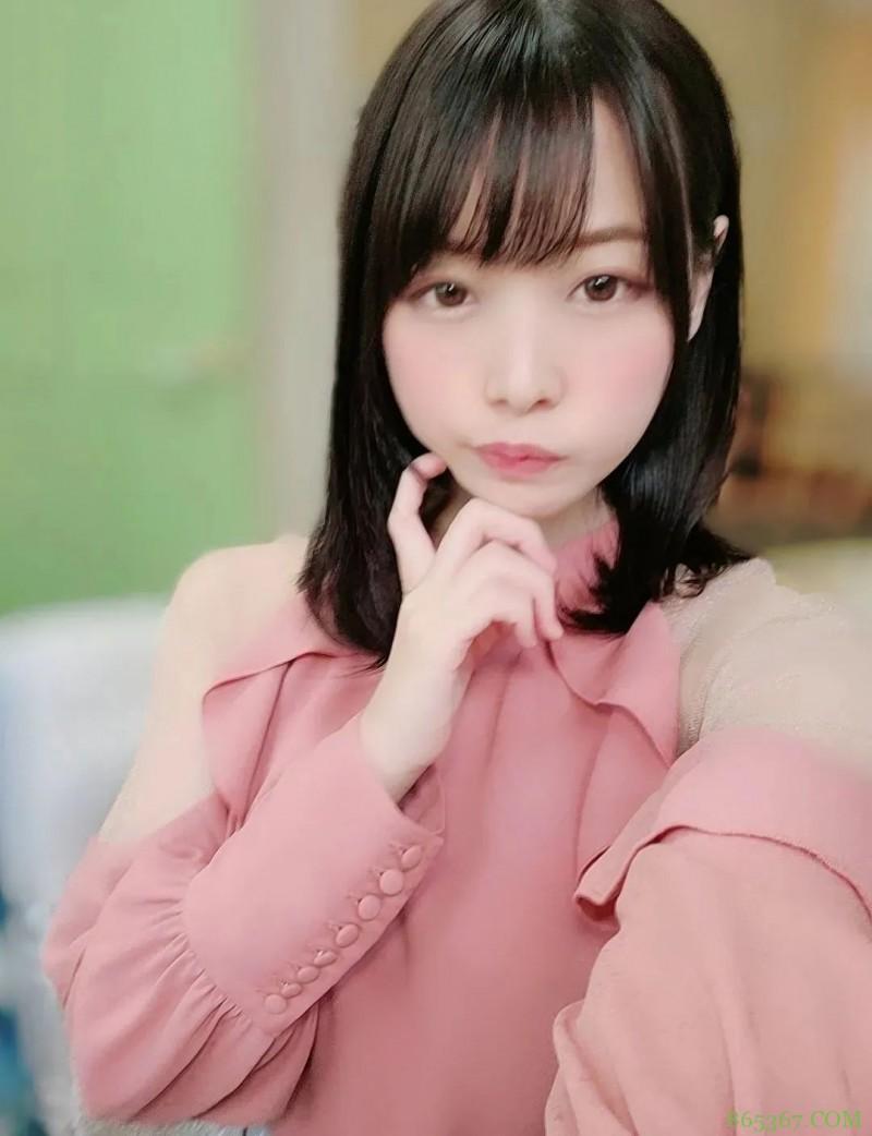 纯真美少女八木奈奈 战斗力越强越有自信