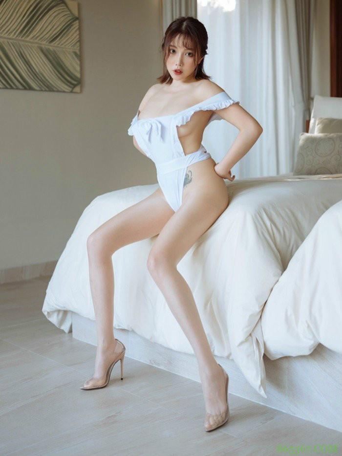 huayang(花漾show)满足你对女仆的幻想 人体模特黄楽然极品大奶令人垂涎