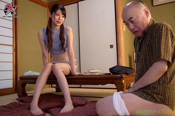 DASD-753:年轻儿媳妇森日向子勾引公公在家中尽情偷欢。