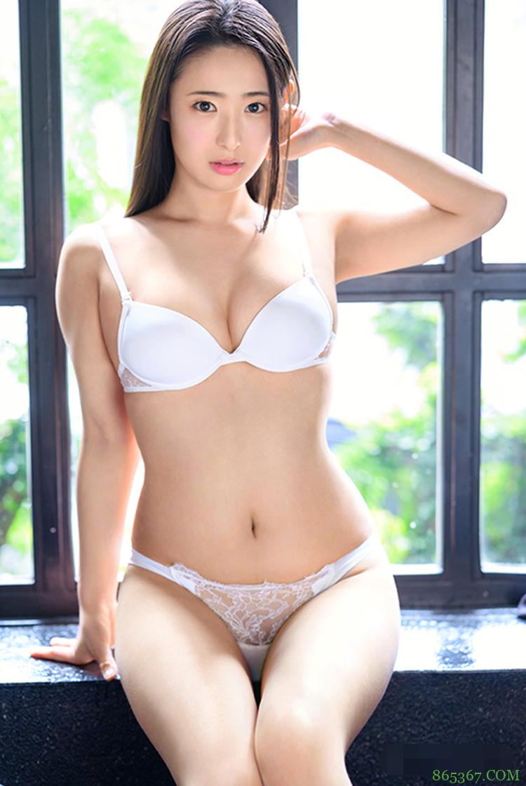 松冈铃ABW-058 D罩杯超级美女用狂野姿势虏获对方