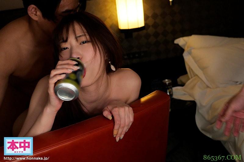 "HMN-031:把醉得一蹋糊涂的""美谷朱里""往死里插。"