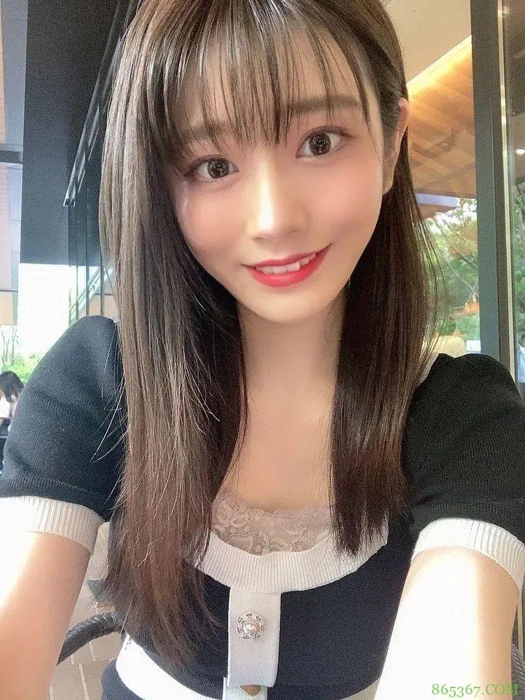 河北彩花复出 神奇女艺人作品遭狂抢8月销量夺冠