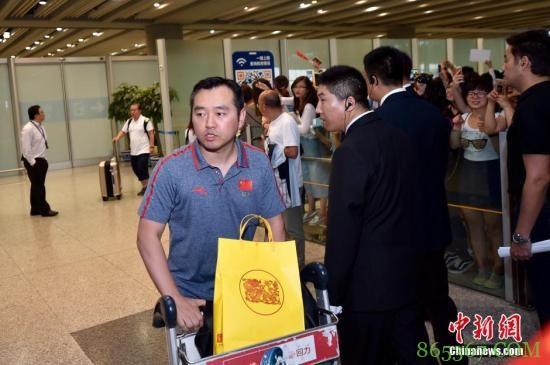 中国乒协暂停孔令辉教练职务 立即回国接受调查